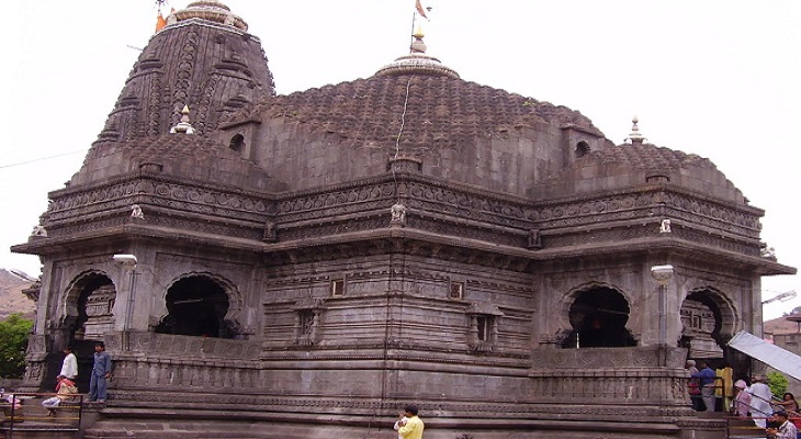 trimbakeshwar temple mandate wet clothes for entry