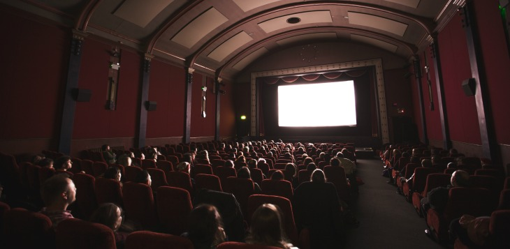 6 Movie date tips to keep him watching for you!